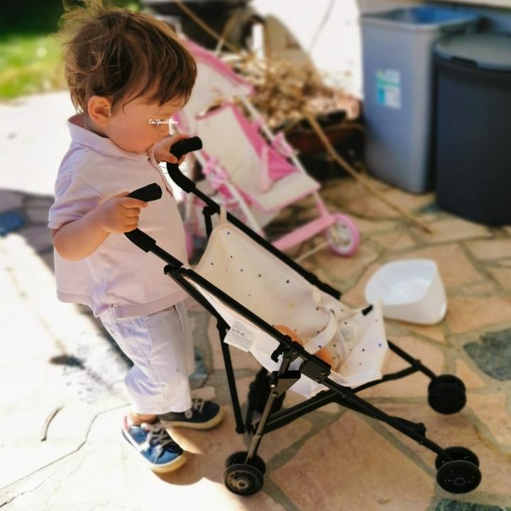 Pourquoi mon fils ne «peut» pas porter de barrette alors que ma fille «peut» faire du foot?